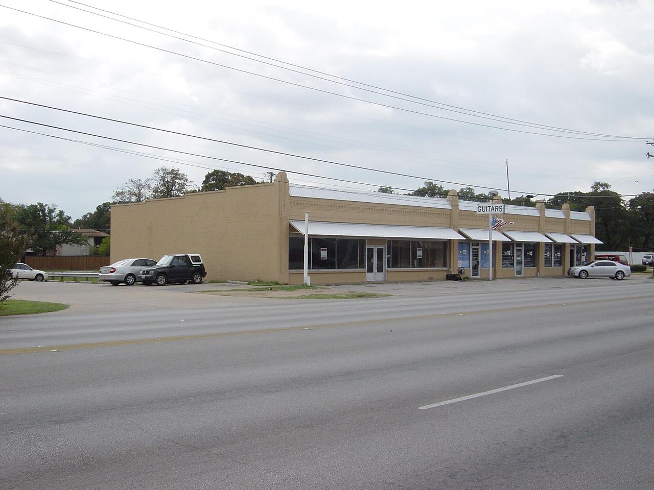 5606 E Belknap street view